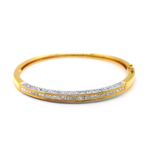 20K Yellow Gold Diamond Bangle