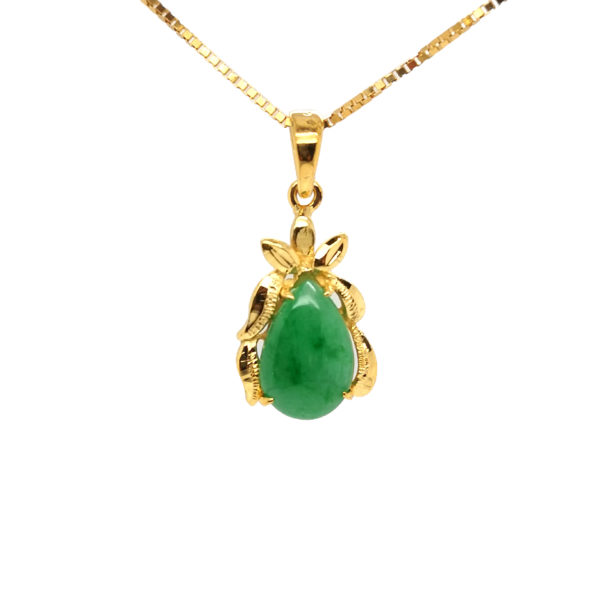 22K Yellow Gold Jade Pendant