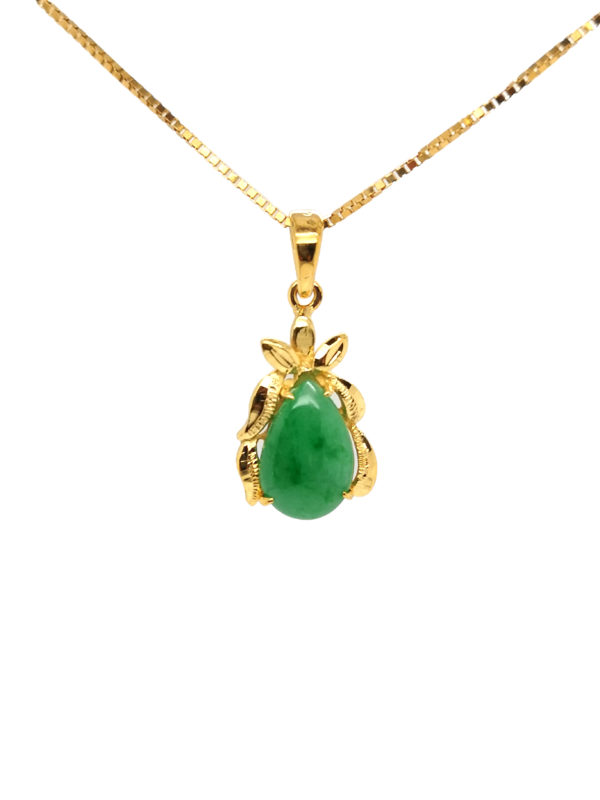 22K Yellow Gold Jade Pendant