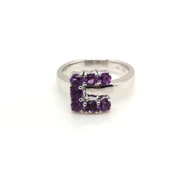 18K White Gold Amethyst Ring