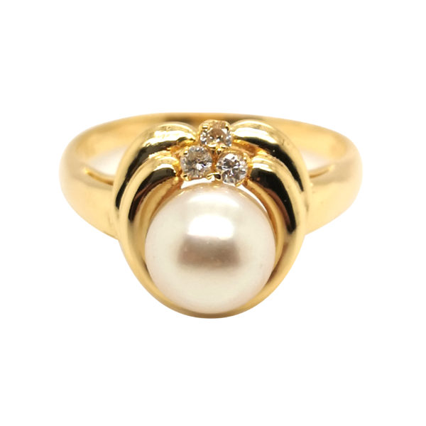 18K Yellow Gold Diamond Pearl Ring
