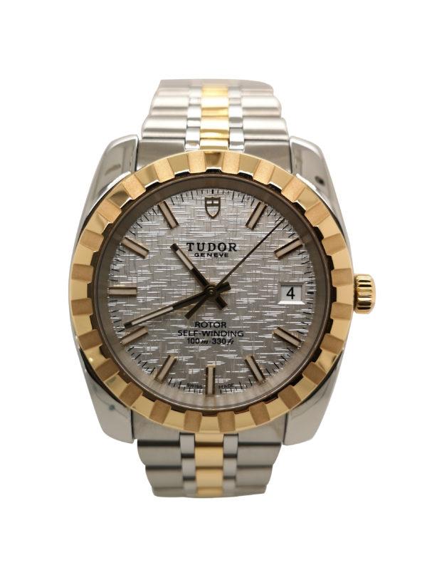 Tudor Classic Date 21013 Watch