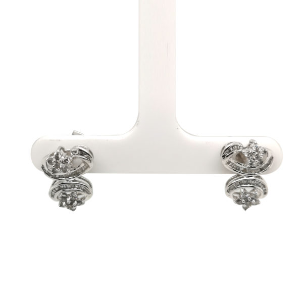 18K White Gold Diamond Earstud