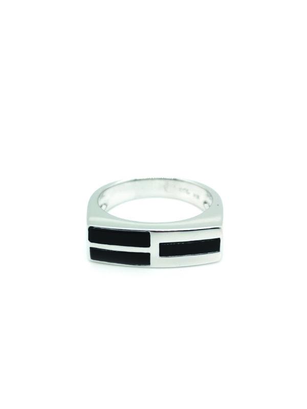 18K White Gold Onyx Ring
