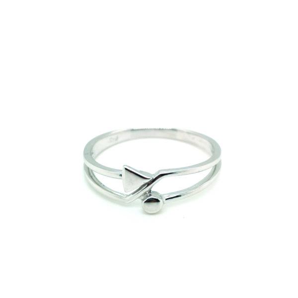 18K White Gold Ring