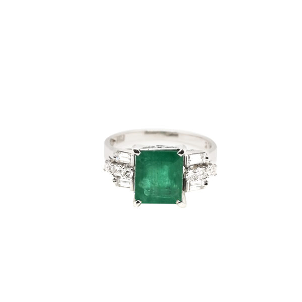 PT900 Emerald Diamond Ring