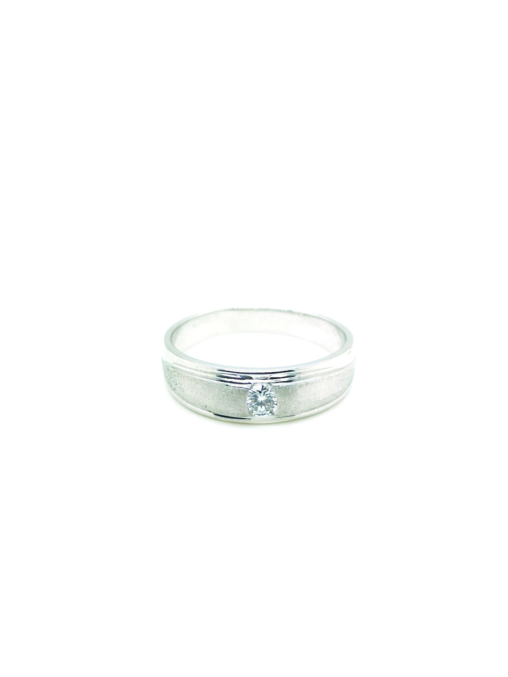 PT900 Diamond Ring